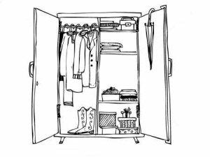 GAMMAL GARDEROB är en tjänst är för dig som vet att du har bra plagg i din garderob men vill ha hjälp att matcha och blåsa nytt liv i gamla godbitar.  Om tjänsten: Vi ses hemma hos dig och hittar ny klädkombinationer av de kläder som du redan har. Tidsåtgång: 3 timmar cirka Kostnad: 1500 kr